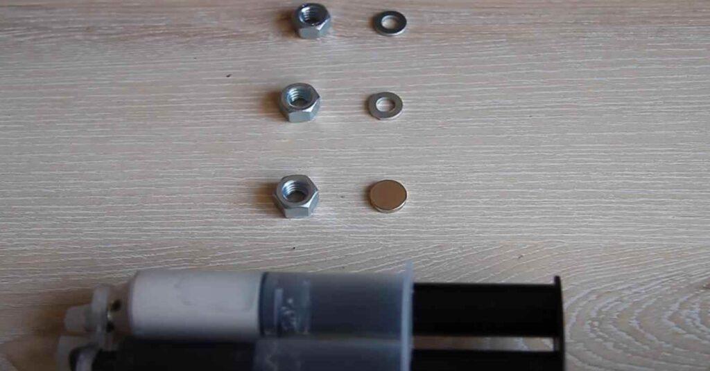 foto 2 17 – Как сделать дверной магнитный фиксатор своими руками