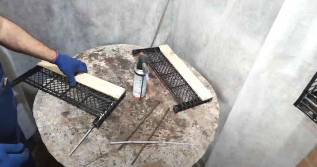 foto 4 2 – Декоративный садовый заборчик из пластиковых ящиков