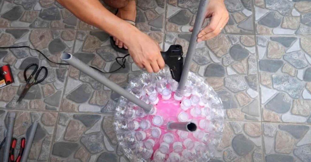 foto 8 1 – Оригинальный цветочный горшок из пластиковых бутылок